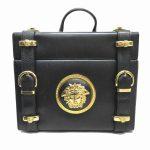 ジャンニ ヴェルサーチ ヴェルサーチェ vintage GIANNI VERSACE メデューサ 金具 バニティ バッグ を買い取りさせて頂きました♪